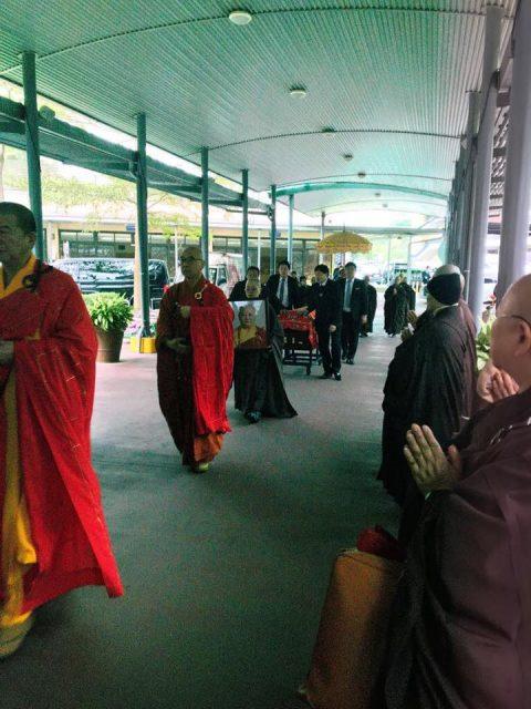 Maha Bhiksuni Senior, Ven Sheng Hai dari Wihara Miao Guang, Taipei Memasuki Parinirvana